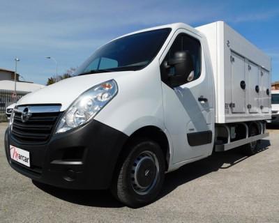 Vendesi: Opel MOVANO per trasporto di prodotti Surgelati.gelati, congelati. - 1