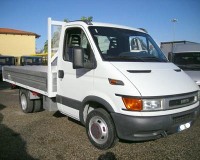 DAILY CASSONE USATO -ANNO  2005, colore bianco, diesel - 1